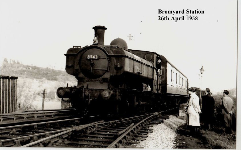 Bromyard Station 26th April 1958.jpg - 103238 Bytes